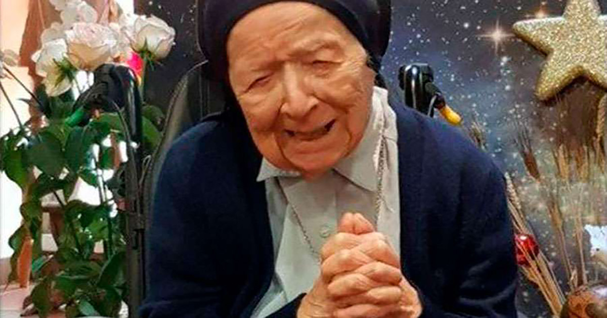French Daughter of Charity to turn 117 after surviving COVID-19