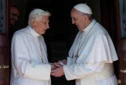 """Síntesis y descarga de la Encíclica del Papa Francisco """"Lumen fidei"""""""