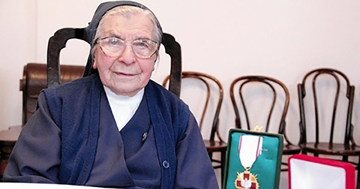 106 años
