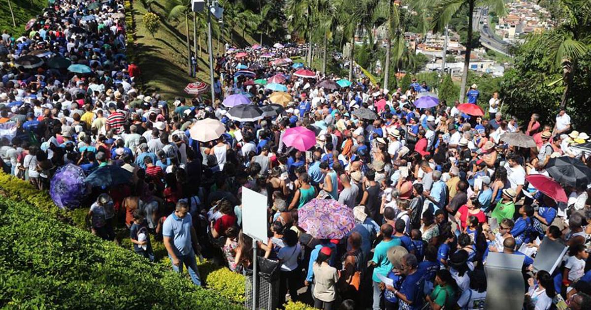 El amor a los Pobres y la devoción mariana convocan a más de 40 mil vicentinos en un evento en Brasil