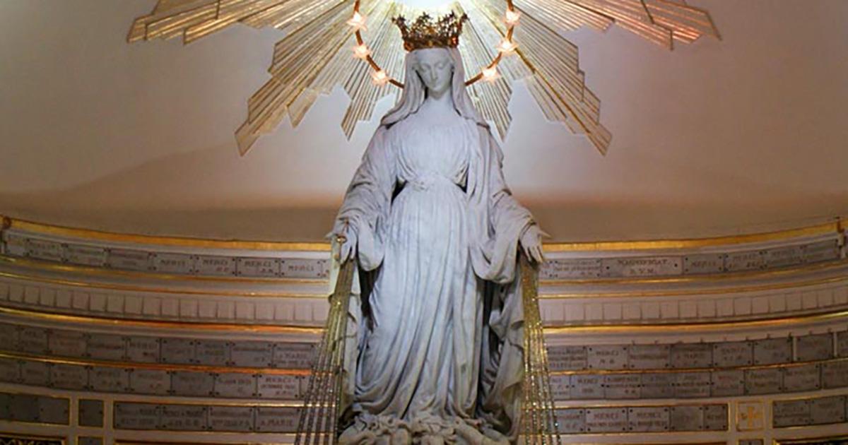 Haz llegar a la Virgen Milagrosa tus intenciones… por correo electrónico