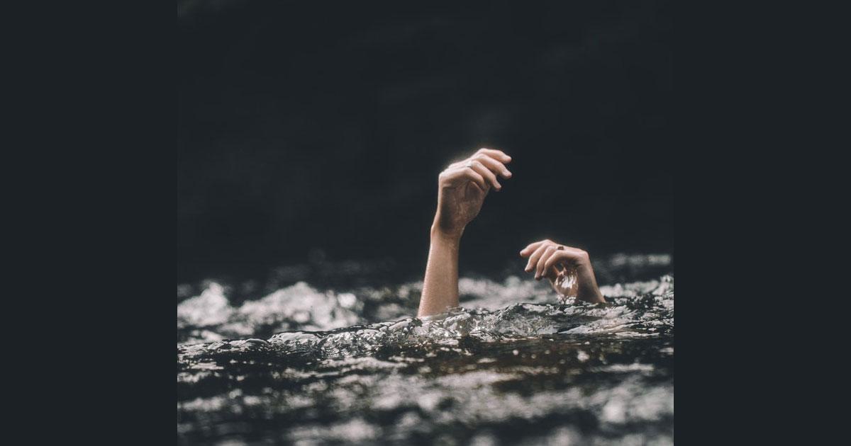 ¡Alguien se está ahogando! ¿Qué vas a hacer?