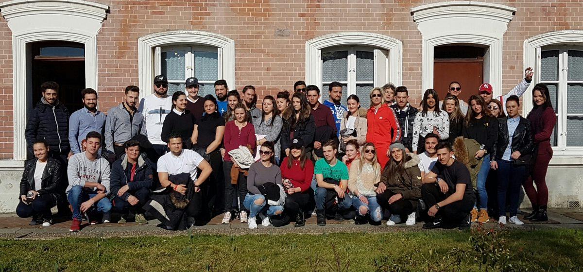 Jeunes Voyageurs à Lisieux