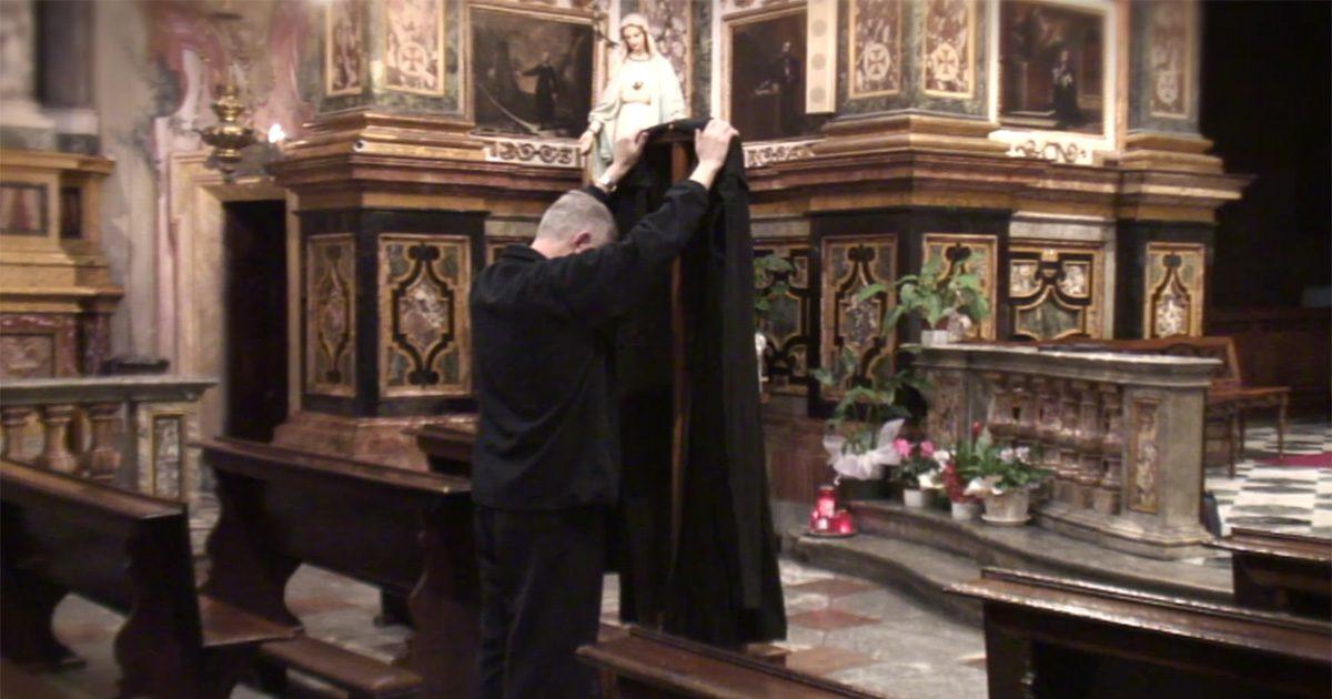 Avvolgiti nel mantello di Vincenzo • Un video di P. Tomaz Mavrič