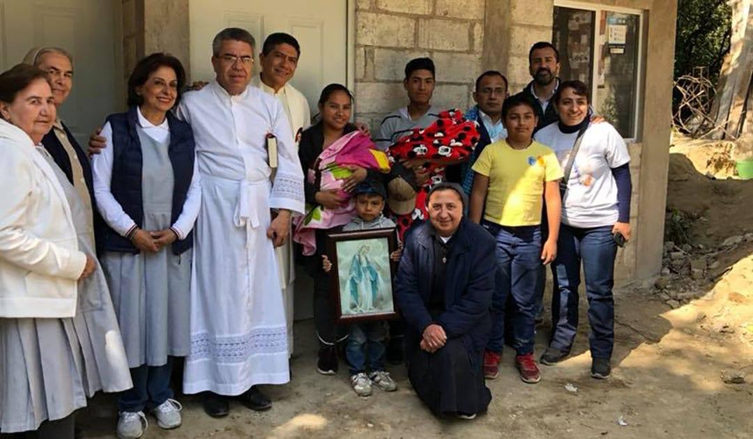 La Famiglia Vincenziana del Messico consegna 15 case alle vittime del terremoto