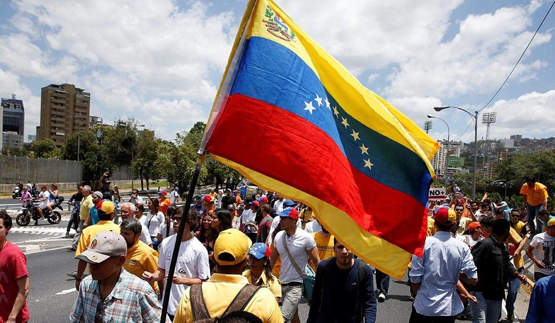 Venezuelani: siamo con voi