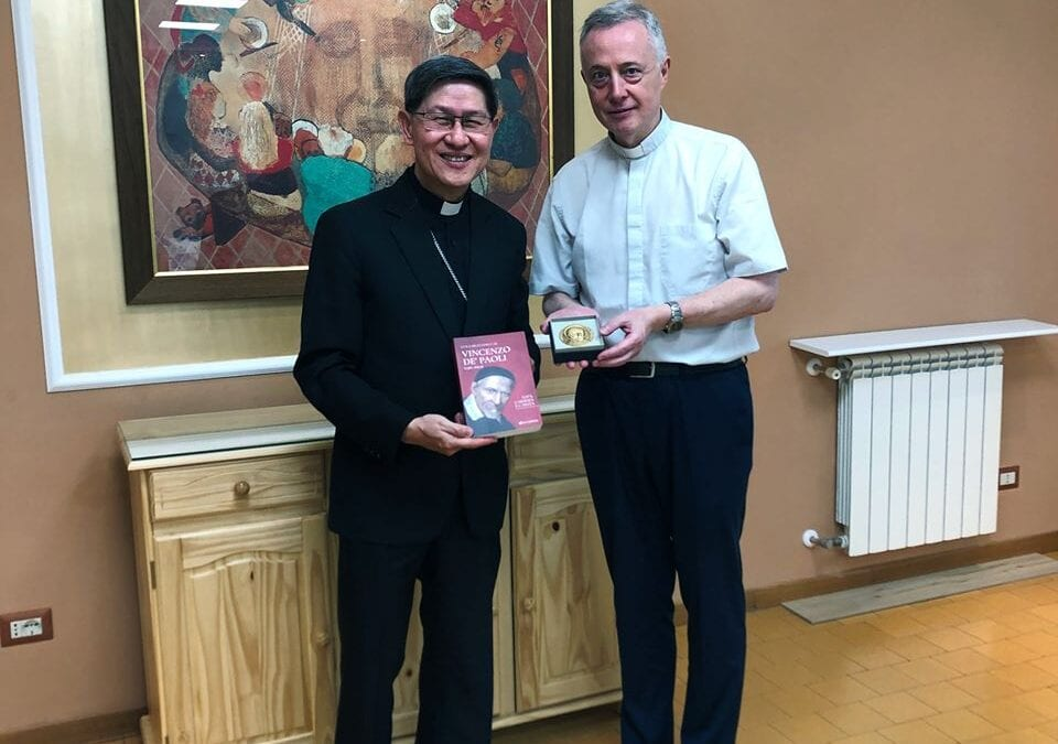 """Il Cardinale Tagle: """"Il linguaggio dell'evangelizzazione è quello della carità"""""""